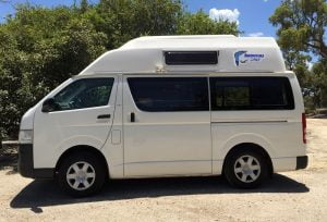 HI-TOP CAMPERVAN (MANUAL)